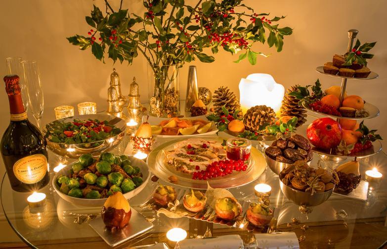 Ushqimet fatsjellëse që s'duhet të mungojnë në tavolinën e Vitit të Ri
