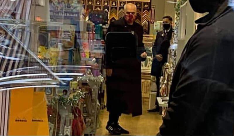 Rama sqaron fotot brenda dyqanit në New York: Nuk isha as tek Gucci, as tek Çuçi, por në një dyqan bojërash. U detyrova nga…