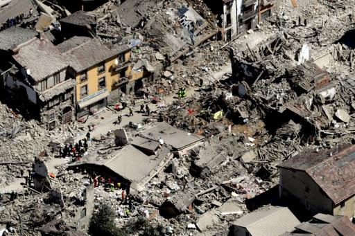 Dëgjohen britma, ka të plagosur dhe të vdekur! Pamjet dramatike nga tërmeti në Kroaci