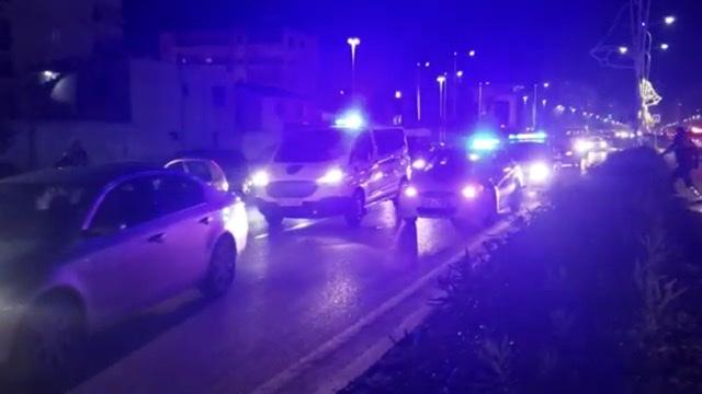 LAJMI I FUNDIT/ Të shtëna me armë zjarri në Vlore, një i plagosurt.