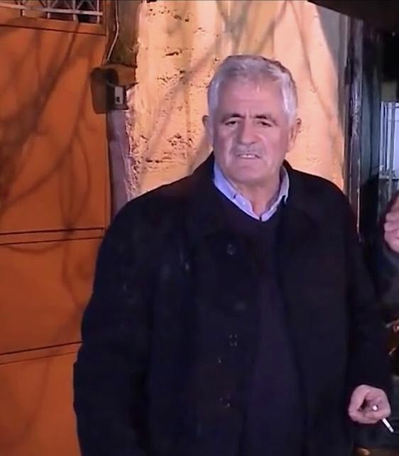 Babai i Klodian Rashës dhuron paratë për shërimin e vogëlushes nga Shkupi