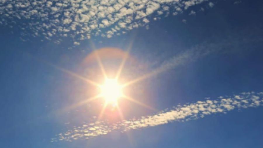 Kohë e kthjellët me diell dhe ulje temperaturash, njihuni me parashikimin për ditën e sotme.