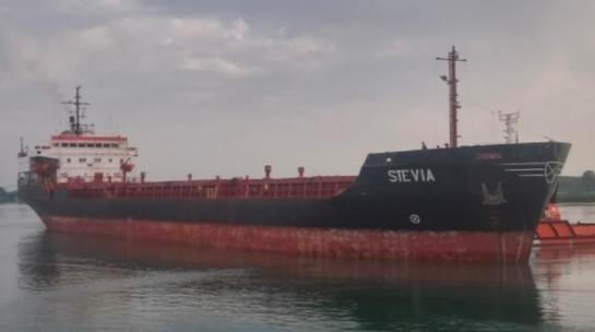 Detaje të reja nga rrëmbimi i anijes nga piratët/ 6 ukrainas dhe 2 shqiptarë në bord, ja çfarë i vuri në lëvizje Nigerinë dhe Ganën