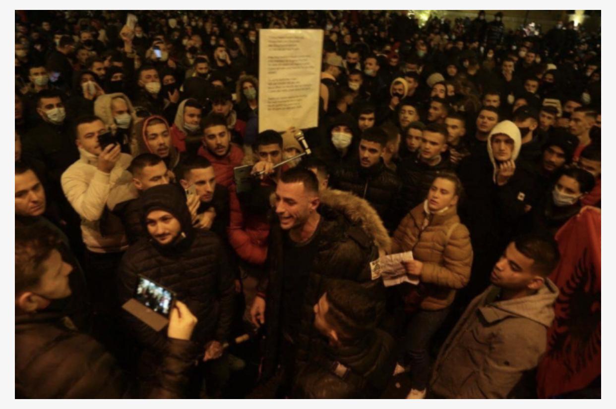 Halabakët e politikës dhe lëvizja 'Stresiste' në Shqipëri