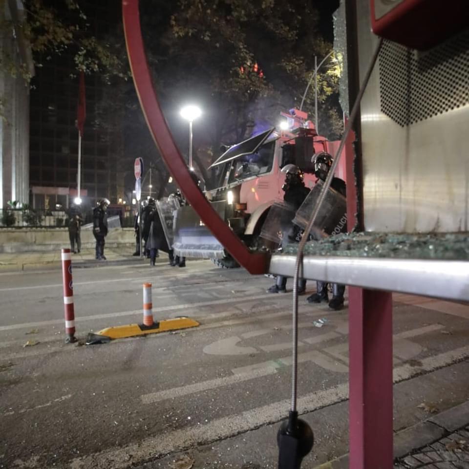 Policia merr nën kontroll Tiranën, situatë e qetë në kryeqytet