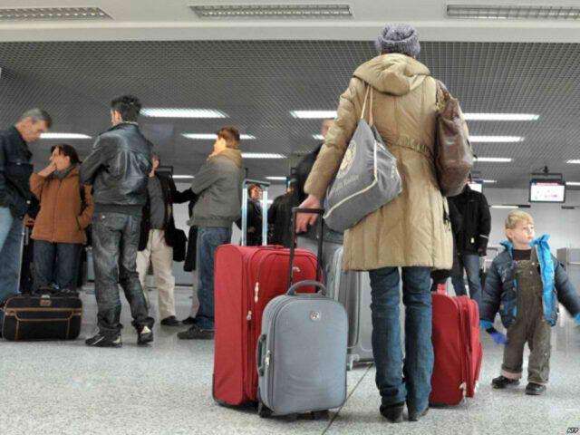 Varianti i ri i COVID-19 në Mbretërinë e Bashkuar/ Italia, Belgjika dhe Holanda ndalojnë fluturimet, Gjermania e Franca në alarm.