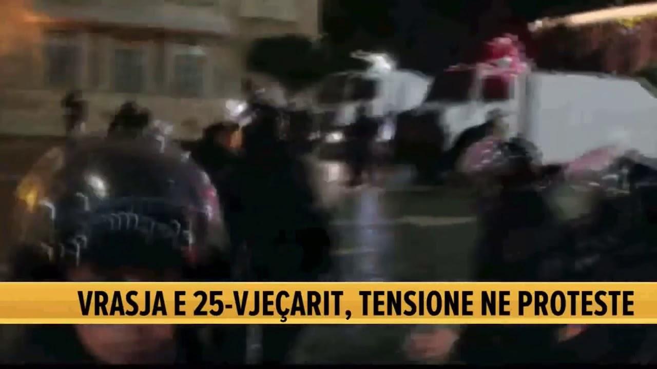 (VIDEO) Përleshet me policinë, efektivët e fusin në mes, gjakoset nga shkopinjtë e gomës protestuesi