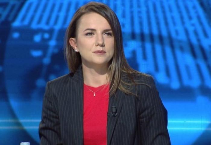 Po sikur të ishit Zoti? Rudina Hajdari: Politikanët e korruptuar do t'i fusja në burg, të ikin nga skena politike