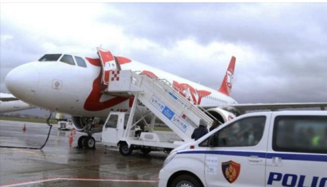 Shqipëria rrit tarifat e terminalit ne aeroport për 2021