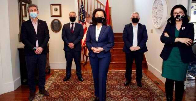 Kim këmbëngul për verifikimin e kandidatëve