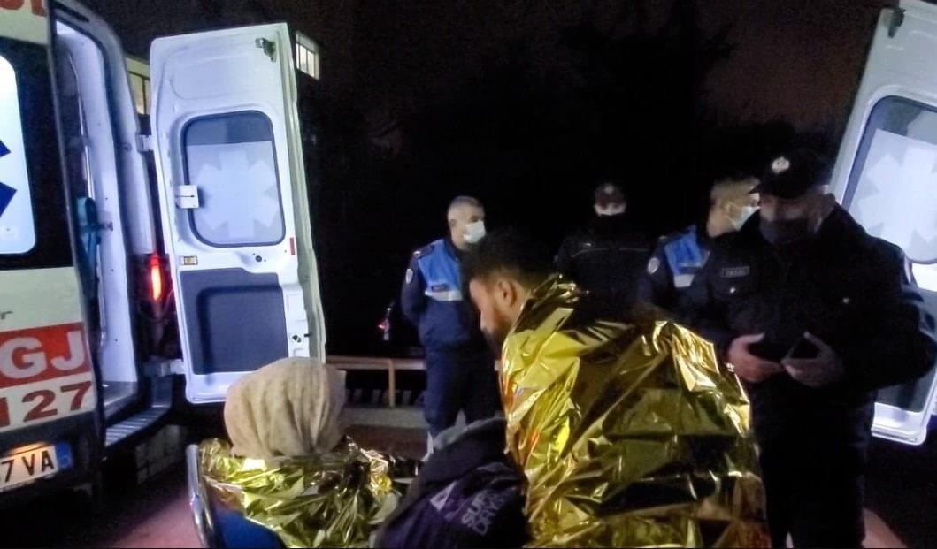 Nisen drejt Durrësit klandestinët e shpëtuar në Vlorë