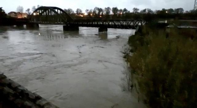 Ulet niveli i prurjeve në Vjosë, nuk ka rrezik per permbytje