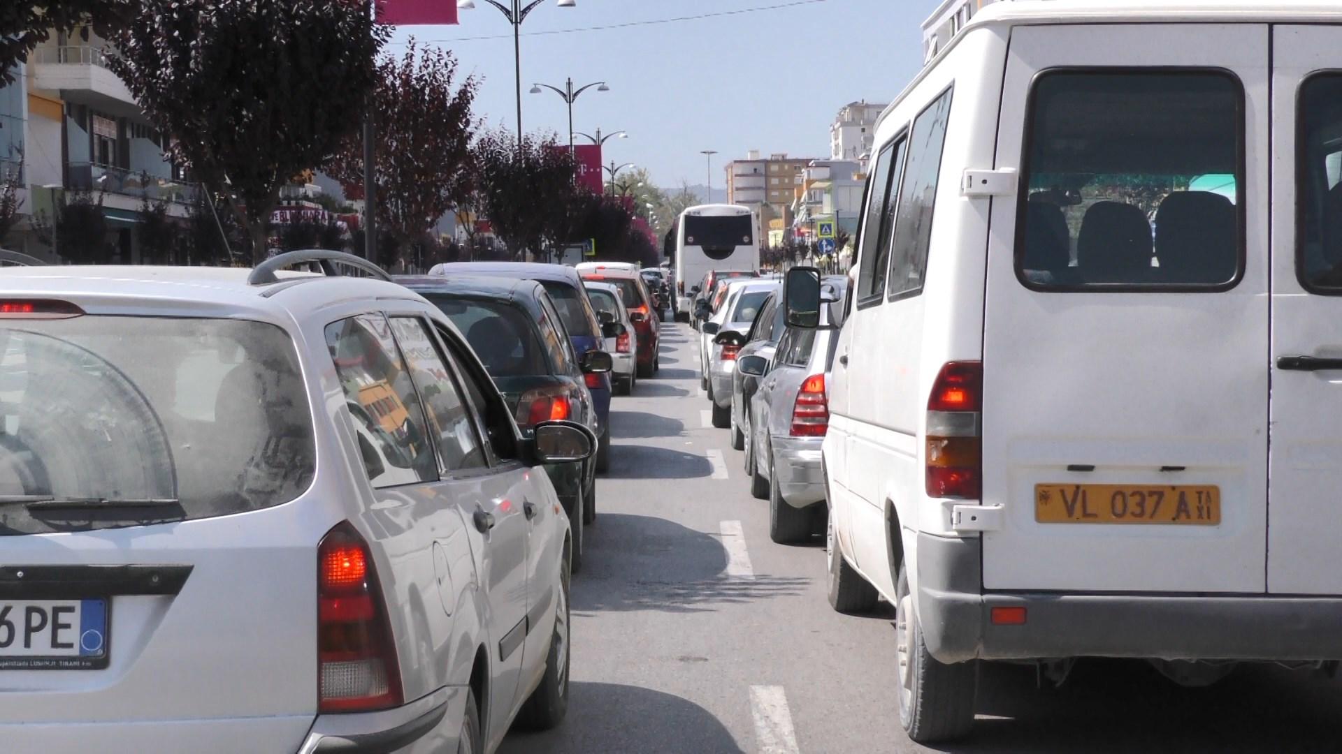 Cilët qytete kanë më shumë makina?! Ja Fieri ku renditet