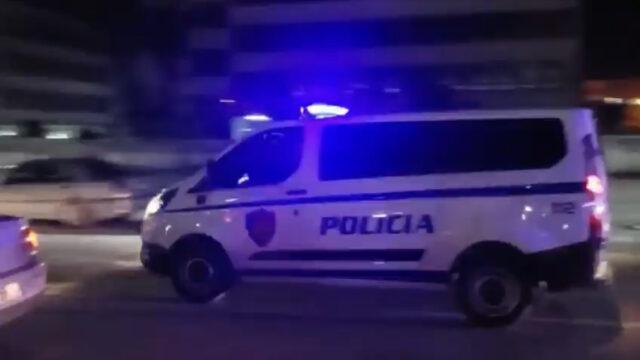 Makina del nga rruga dhe përfundon në një biznes, vdes shoferi plagoset rende pasagjeri