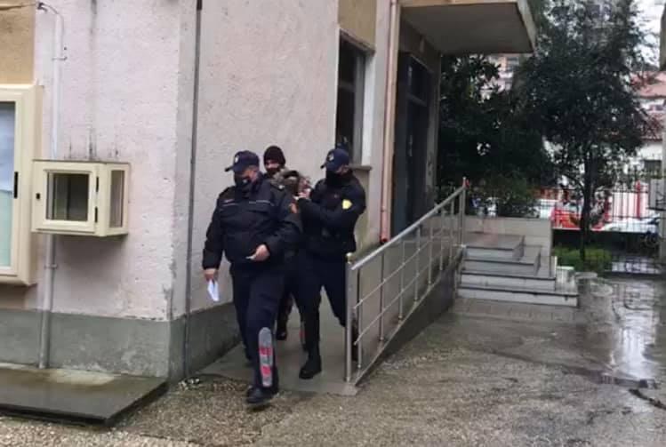 Arrest me burg per te dyshuarin e plagosjes ne Roskovec ku u tentua te grabitej nje banese
