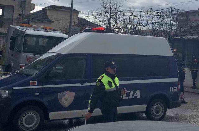 8 persona shoqerohen ne Durres per vrasjen ne Fier te 41 vjecarit