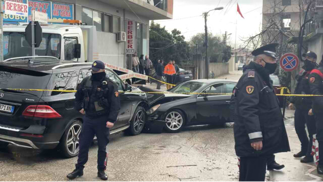 Ekezkutimi i Kastratit në mes të Fierit, identifikohen AUTORËT, Policia shpall në kërkim 4 persona