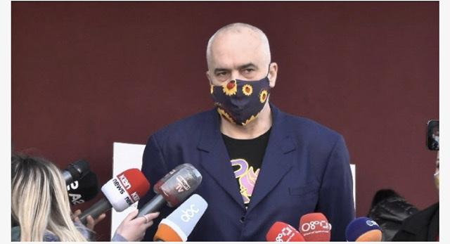 """Rama: Presim konfirmimin nga AstraZeneca për 360 mijë doza, """"Do vaksinojmë të moshuar që janë personalitete"""""""