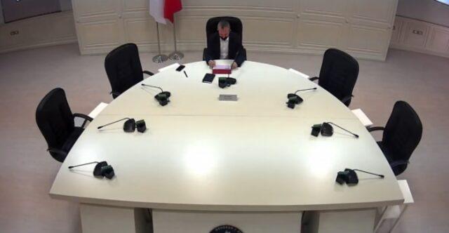 KQZ regjistron partine e Tom Doshit ne zgjedhjet e 25 prillit, sot jane rregjistruar edhe PS, PD e LSI