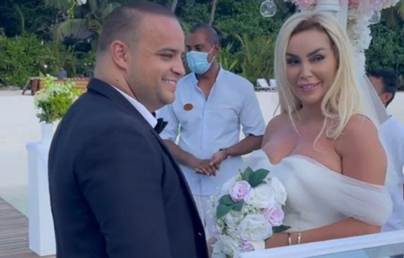 Edhe pse është në kërkim nga policia shqiptare, Fjolla Morina, po e shijon në maksimum jetën.