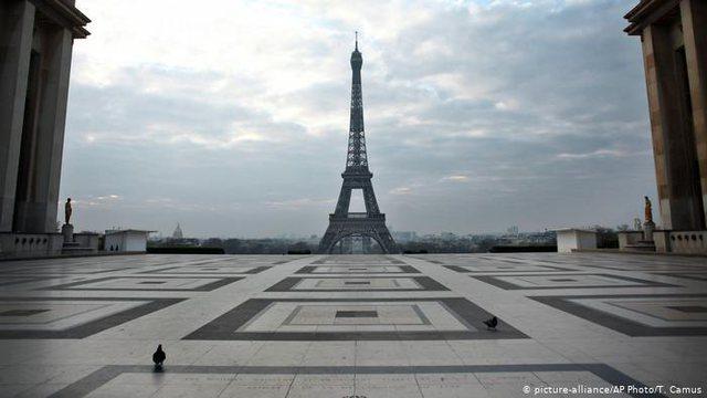 Shteti francez është vendosur të shkojë në një izolim njëmujor kundër COVID-19 pasi vendi ka rrezikohet nga infeksionet e një vale të tretë.