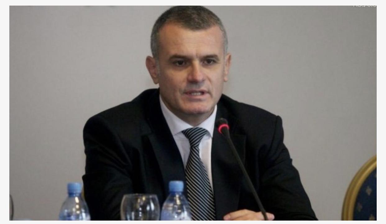 Drejtuesi politik i PD në Vlorë, Bujar Leskaj dorëhiqet nga kandidimi?