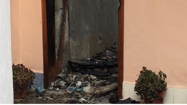 (VIDEO) Zjarri u mori jetën babë e bir në Berat, flasin familjarët: Dyshojmë se ka vdekur dhe një person tjetër, ka qenë brenda në shtëpi