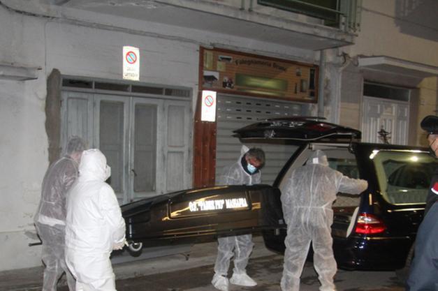 Tronditet Italia, Shqiptari vret me çekiç bashkëshorten në sy të fëmijëve