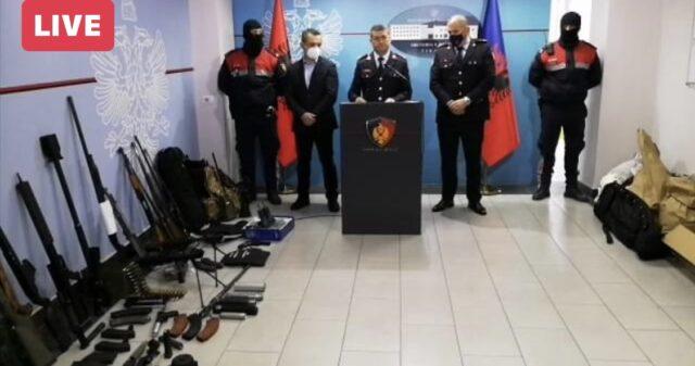Sekuestrohen arsenal armësh në Tiranë/ Shkatërrohen 18 baza kriminale, 5 të arrestuar, 2 në kërkim (EMRAT)