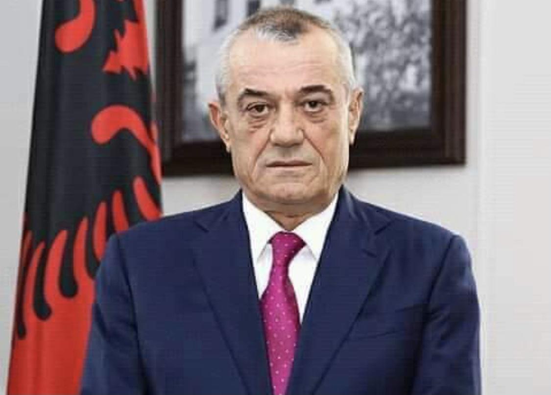 Kryetari i kuvendit Ruçi uron besimtarët myslimanë për festën e Fiter Bajramit
