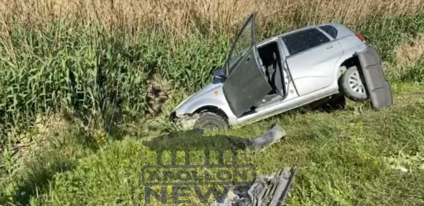 Makina del nga rruga në aksin Fier/Tepelen, plagosen shoferi dhe 2 pasagjerët