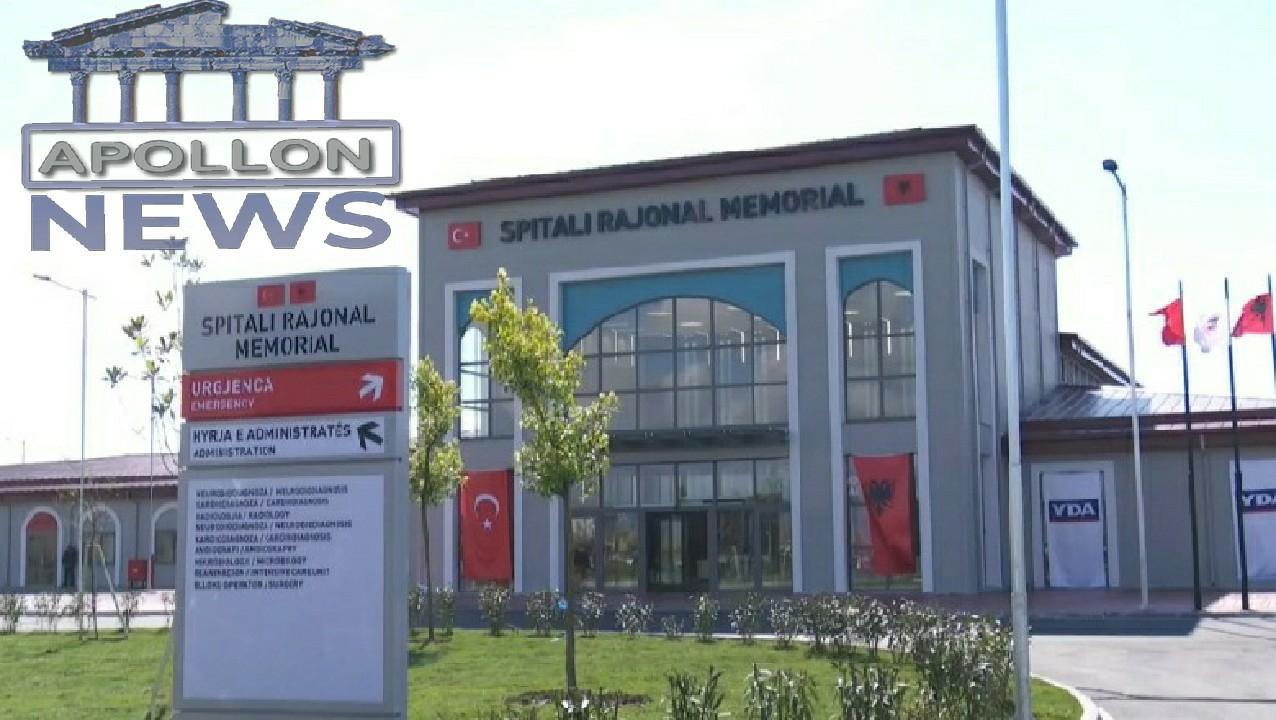 Shqiptarë e turq, Manastirliu prezanton ekipin mjekësor të spitalit të Fierit