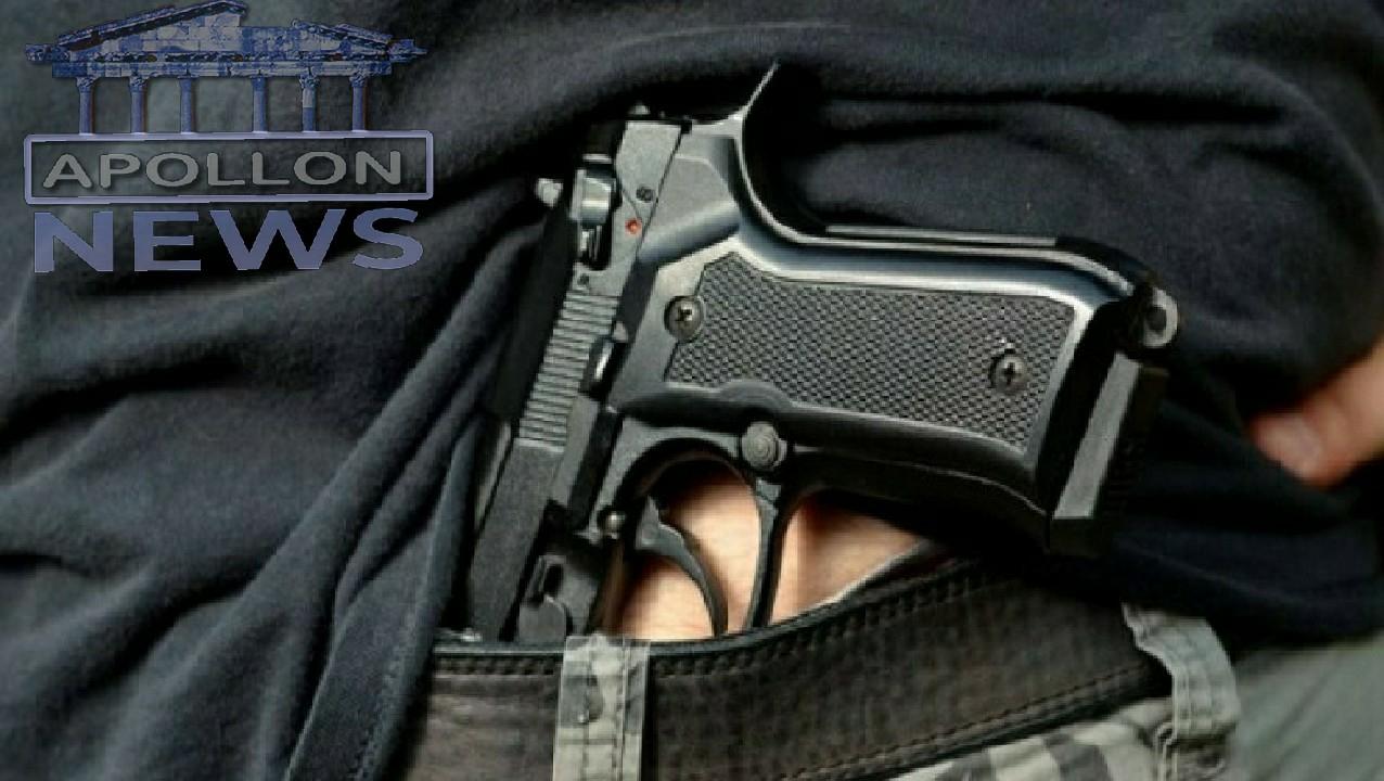 Pas një konflikti në lokal, nxorri pistoletën dhe gjuajti në ajër, arrestohet 39-vjeçari në Korçë