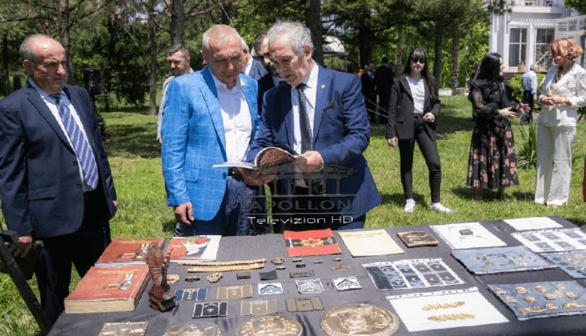 Në Ditën Ndërkombëtare të Artizanatit, Meta hap dyert e Presidencës: Traditat tona meritojnë të mbështeten me politika më të mira