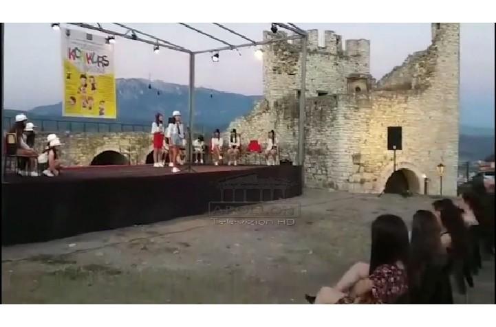 BERAT, ÇELET FESTIVALI KOMBËTAR I TEATRIT PËR FËMIJË