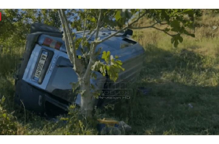 E RËNDË/ Makina bie në GREMINË në Elbasan, plagosen 5 persona