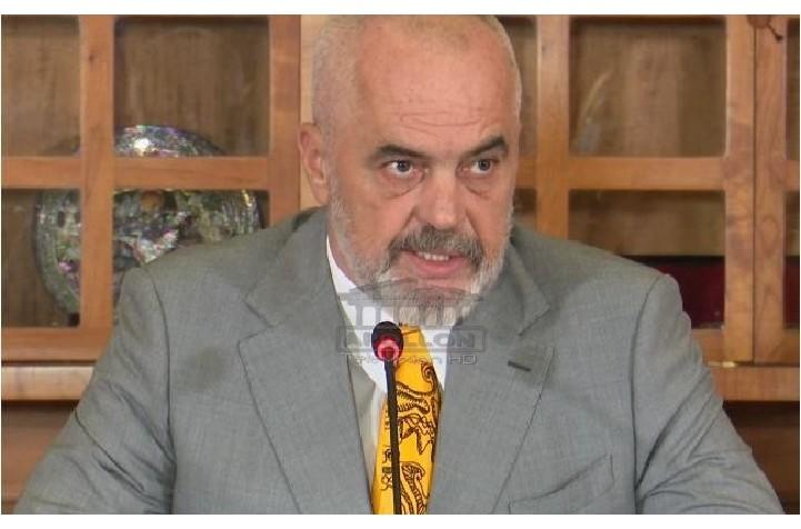 Kryebashkiakut socialist ia vunë prangat në zyrë, Rama: Të mbrohet me avokatët dhe me gojën e tij