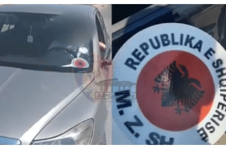 Me tabelë të KUVENDIT dhe fenelina, policia DEMASKON shoferët që hiqen si ZYRTARË TË SHTETIT