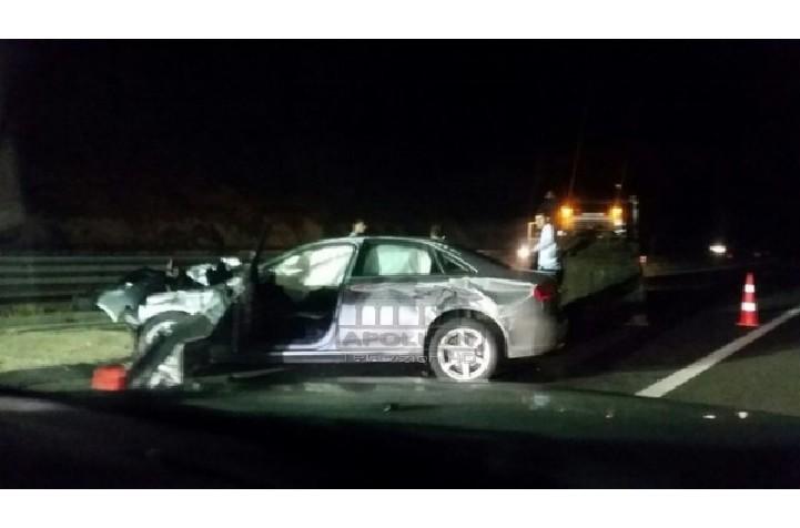 Një aksident i rëndë ka ndodhur në lagjen nr.13 të qytetit të Durrësit rreth orës 02:40.