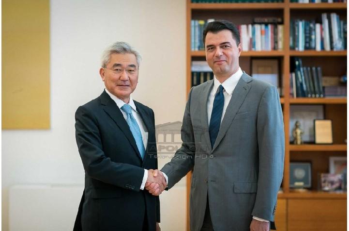 Basha pret në zyrë ambasadorin e Japonisë: PD do të mbështesë investimet dhe bashkëpunimin ekonomik me ju