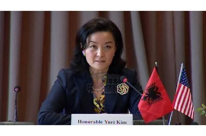 Operacioni i SPAK në Ministrinë e Brendshme, reagon Kim: Abuzimi me tenderat vjedhje dhe e qytetarëve amerikanë që me taksat e tyre ndihmojnë Shqipërinë
