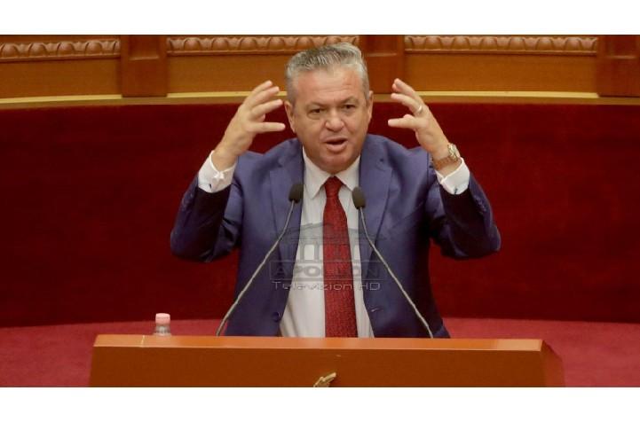 Arrestimi i ish-zv.ministres, revoltohet Murrizi: Kaq të pangopur janë këta monstra që na qeverisin, sa edhe m** po t'u japësh, nuk thonë kurrë jo