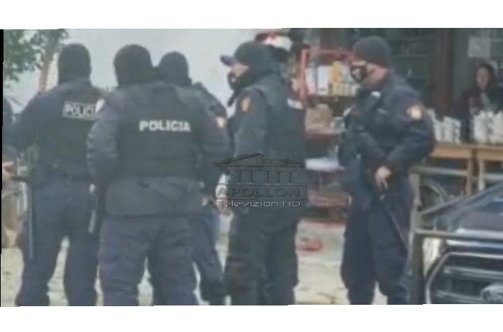 """Merr fund """"tmerri"""" në Gjirokastër, 34 vjeçari mban peng në shtëpi partneren dhe e dhunon, ndërhyn Policia"""