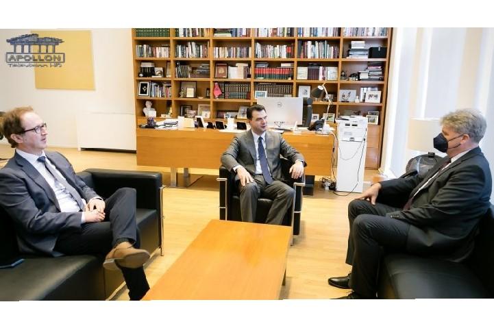 Basha pret ambasadorin austriak: Miqësia historike midis dy vendeve tona, një aset i çmuar në rrugëtimin e Shqipërisë në arenën ndërkombëtare